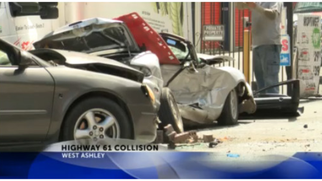 Police: 4 injured, 2 serious following car accident in West