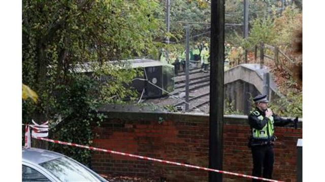 Police: driver of derailed tram in London released on bail