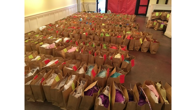 Ashley Hall Families Students To Donate Holiday Gifts To Students