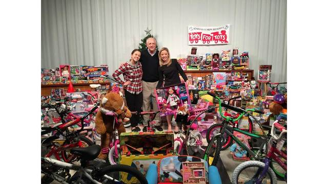 toys-for-tots_267958