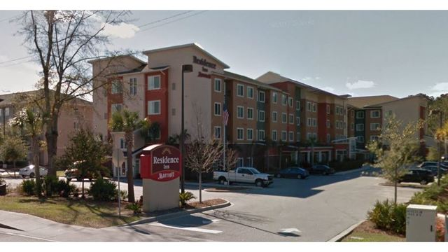 Crews respond to reported structure fire at North Charleston hotel