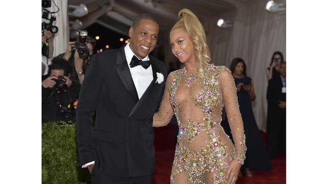 Jay-Z and Beyonce Film New Music Video in Jamaica