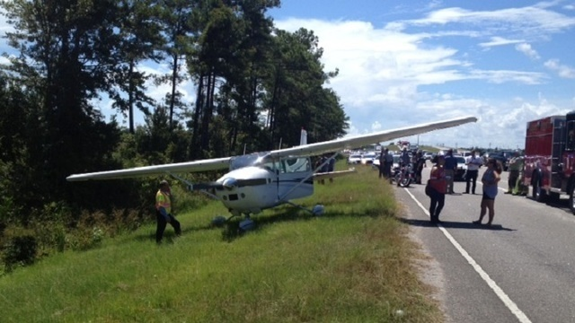Plane makes emergency landing off Highway 544 near Highway 17 Bypass, no injuries reported