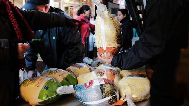 1 death, 164 sickened due to salmonella outbreak linked to raw turkey