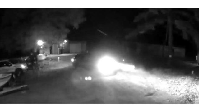 Sheriff's deputies release video of apparent thieves taking tool